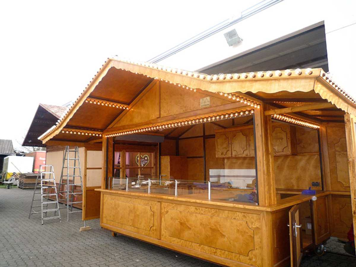 032-Imbiss-Hütte
