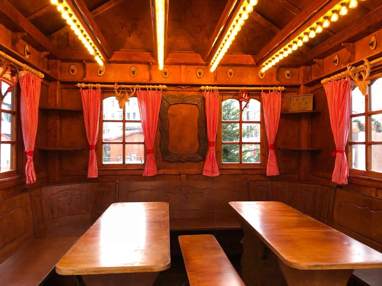 119-VIP-Lounge