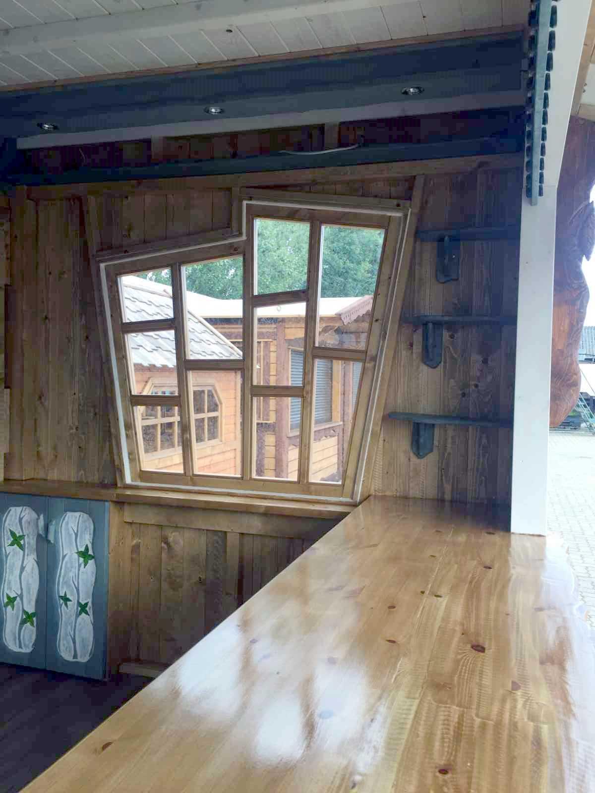 107-Innenausbau Waffelhütte