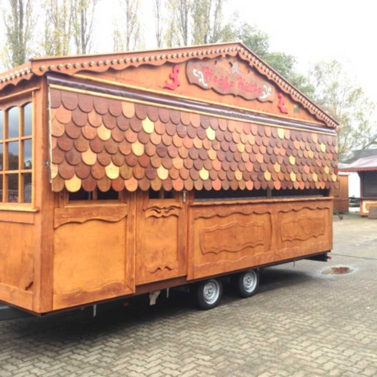 071-Verkaufswagen Heiße Hütte