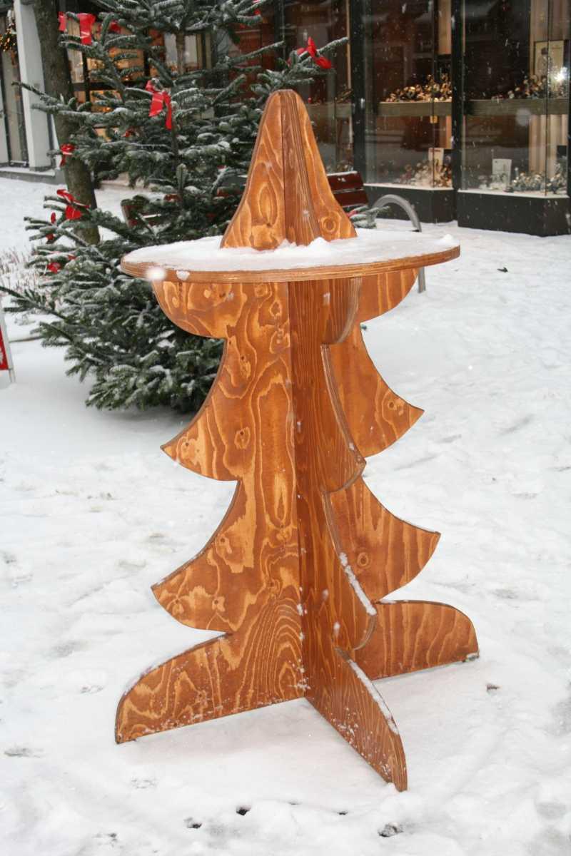 135-Baum-Stehtisch